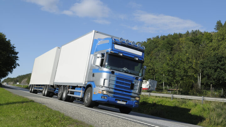 Driver: Requirements to be a dangerous goods driver